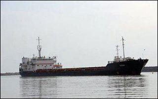 پهلوگیری نخستین کشتی بزرگ با ۵۶۰۰ تن کالا در بندر آستارا
